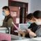 衡水志臻丨撸起袖子迎接开学,扫出有温度的教室